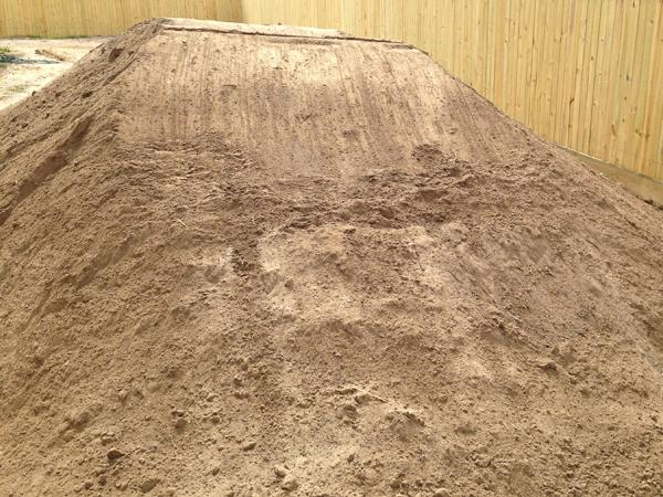 Top soil logan soils and landscaping for Screened soil